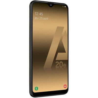 Téléphones neufs Samsung A20e Noir 4 en Martinique, en Guadeloupe, en Guyane et à la Réunion